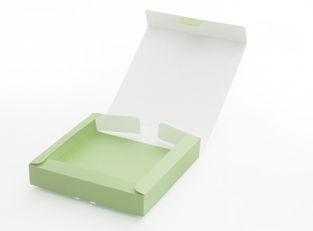 組み立て箔押しBOX