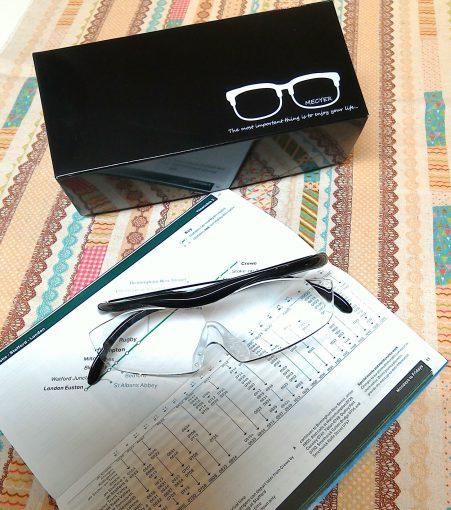 メガネ型ルーペ用のオリジナルパッケージ♪