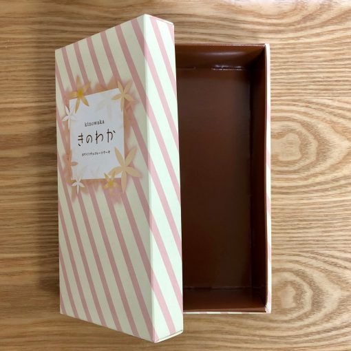 必見☆★ホワイトチョコケーキ用のオリジナルパッケージ(*´ڡ`●)